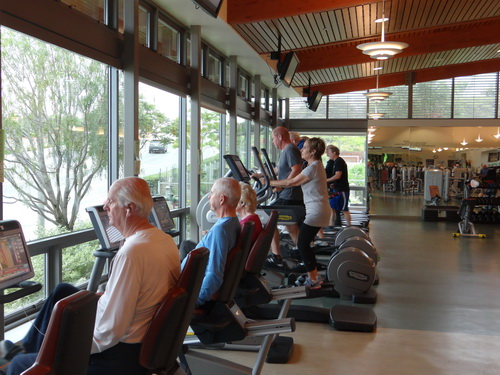 Oasis Fitness Center The Friends Of Oasis Inc Is A Non Profit California Corporation Dedicated To Supporting The Senior Community Friends Of Oasis